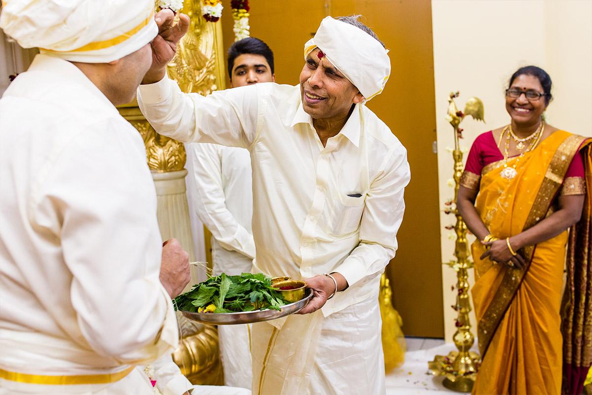 Kalai & Kardhika Tamil Hindu Wedding 16